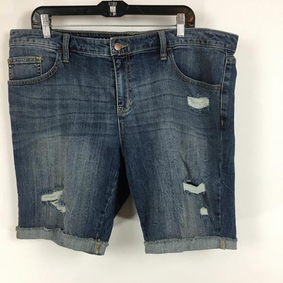 8e9a040885d Ava   Viv distressed Bermuda jean shorts sz 16W